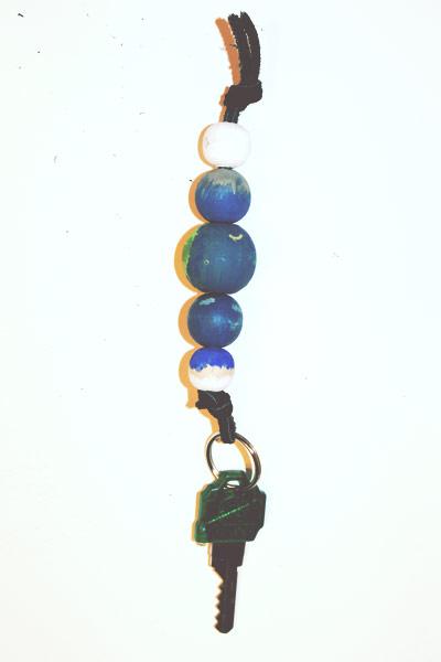 wood-bead-keychain-06
